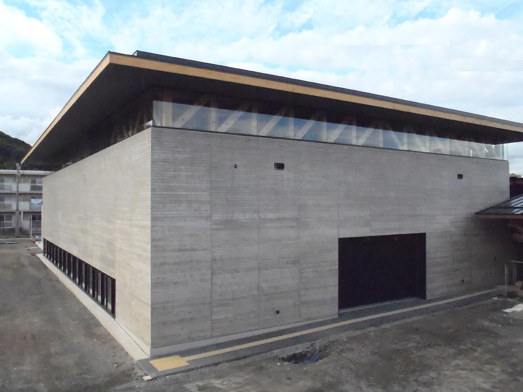 熊本かがやきの森支援学校 体育館・プール棟